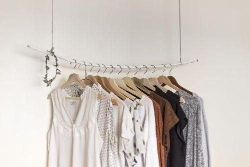 Drie redenen om tweedehands kleding te gaan dragen